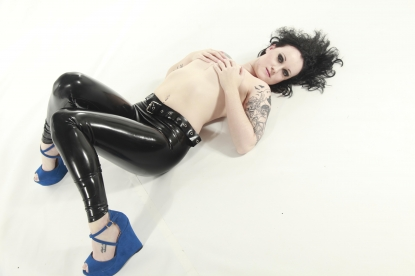 Emanuela Belted Leggings - Latex clothing